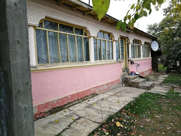 Casa si teren superb aproape de Dunare si Parcul Natural Comana