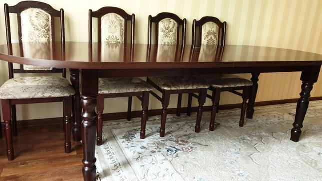 Срочно продам стол
