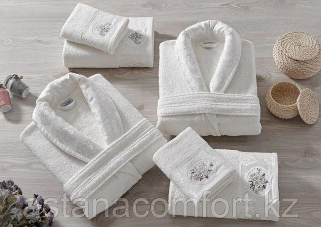 Махровый халат и 2 полотенца. Подарочный набор. Турция.