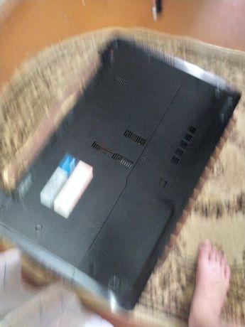 Ноутбук асус  игровой на i5-2450м, хорошо работает отличное состояние.