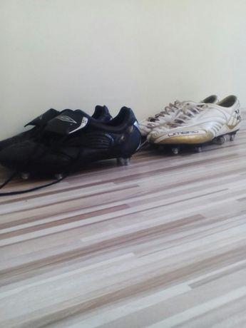 Два чифта футболни обувки UMBRO