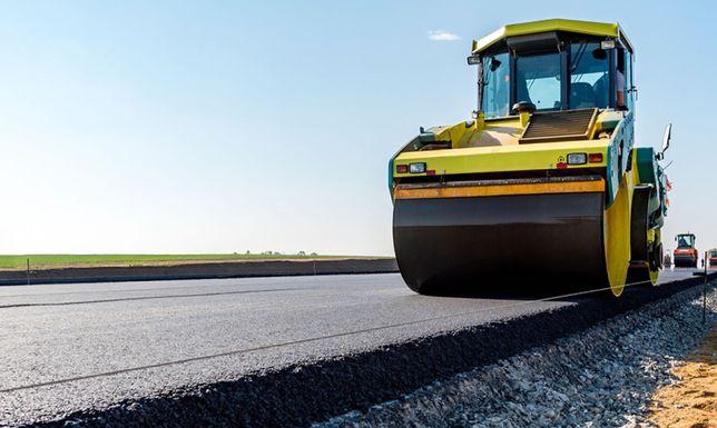 Executam lucrari de asfaltare/  modernizare de cea mai buna calitate