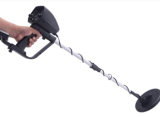 Продам новый Металлоискатель