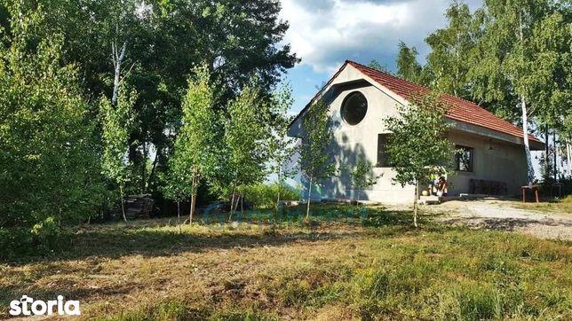 Casa de vacanta de vanzare la 75 km de Oradea, judetul Salaj V2727