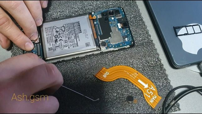 Display Samsung gama A, gama j ( piesa si montaj )