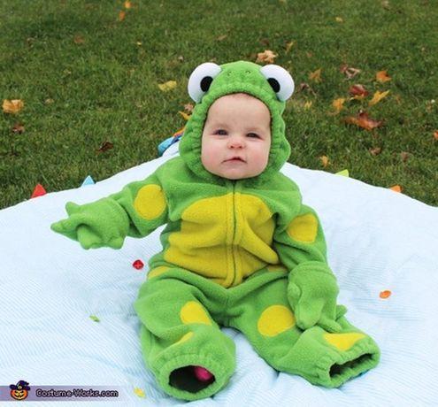 Costum Broscuta, 1-2 ani, ideal sedinte foto