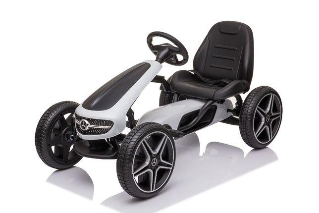 Masinuta GO Kart cu pedale pentru copii de la Mercedes #Alb