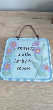 Tăblița din ceramica cu mesaj
