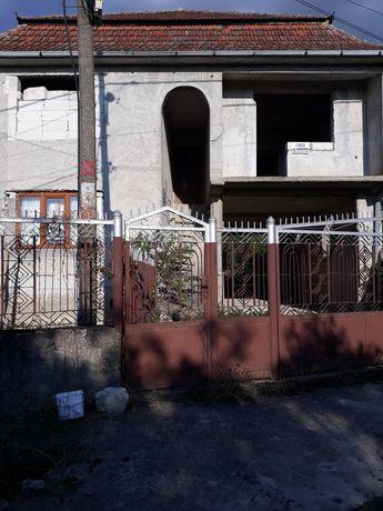 Casa de vanzare zona linistita