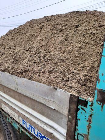 Transport nisip, piatra ,moluz,mobila , utilaje la pret avantajos