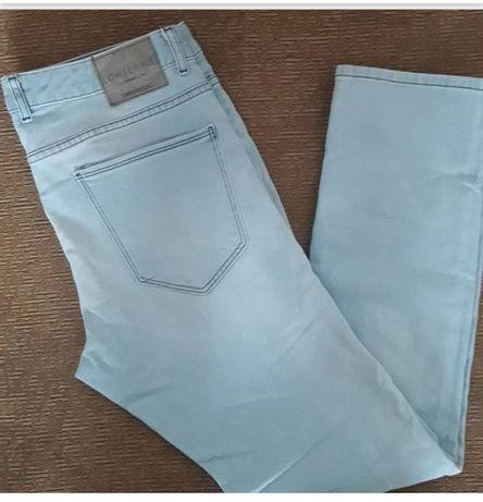 Продам или обменяю мужские светлые джинсы