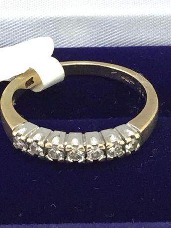 Inel aur 9 carate cu diamante naturale testate si verificate .