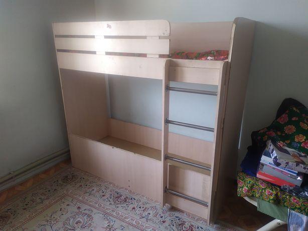 Двух этажный кровать детская