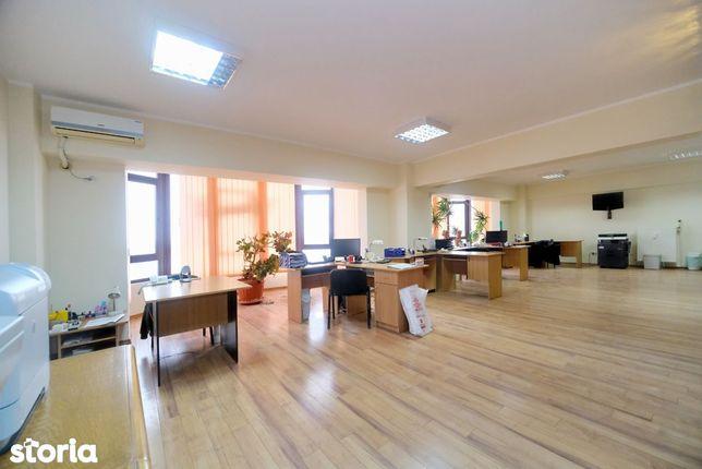 Apartament amenajat pentru birouri, vedere Dunare, Mazepa 2, 207 mp