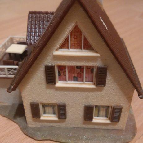 Casa 18 scara HO, FALLER, KIBRI, VOLLMER - Diorama - Trenulet Electric