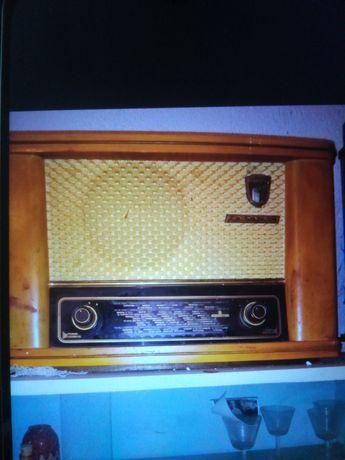 Старо радио за декорация