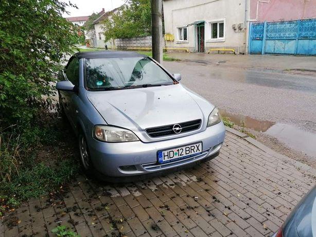 Vând Opel astra bertone