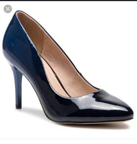 Pantofi noi, mărime 37