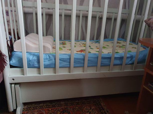 десткая кроватка, маятник
