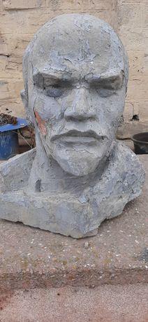 Скульптура голова