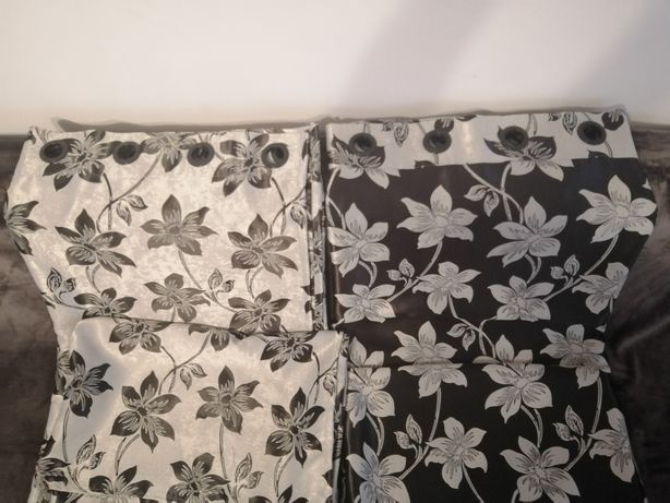 Vând draperii dormitor