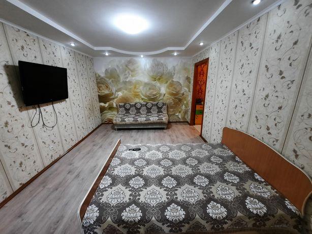 Сдам 2 комнатную квартиру  10000