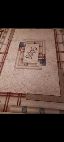 Продам ковры 2 шт