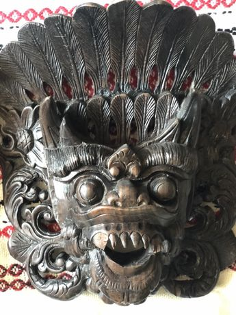 дърворезба-2 броя маски