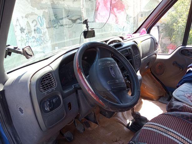 продаю Форд транзит