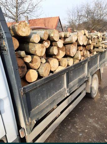 Aduc lemne la comanda