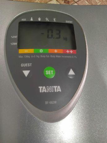Tanita - телесен анализатор .Мазнини и водно съдържа