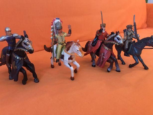 Figurine cu cai