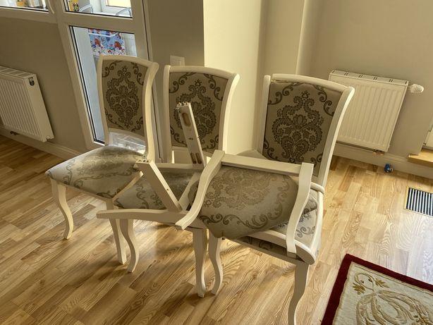 Продам стулья (4 штуки)
