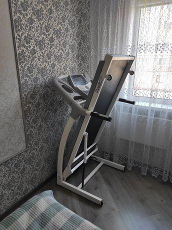 Беговая дорожка HouseFit max 120 kg