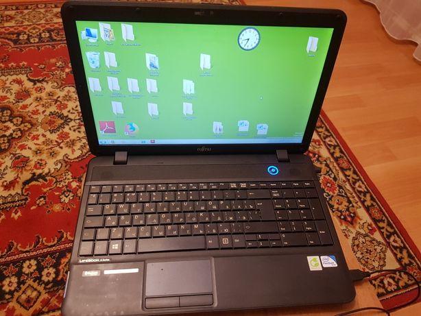 Ноутбук Fujitsu, диагональ 15, состояние отличное