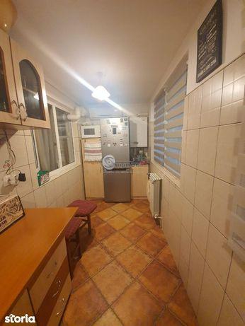 Apartament 2 Camere Decomandat Zona Dacia  53000 Euro