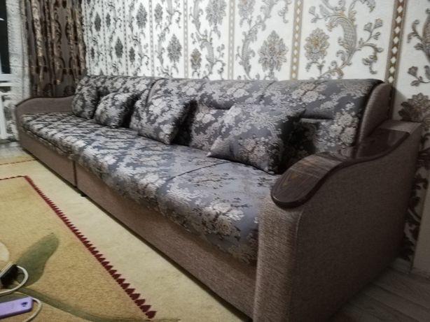Гостиной диван длина 4м