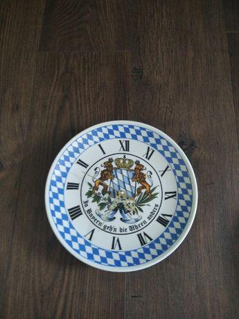 Стенни часовници - баварски порцелан 2бр