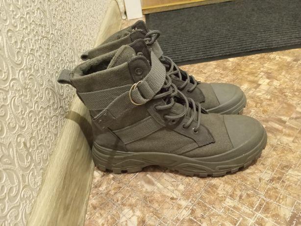 Продам ботинки, 38 размер