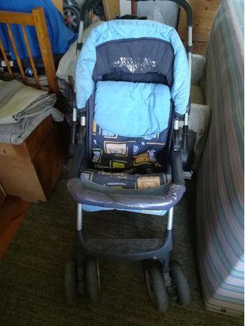 Продавам зимна количка за дете