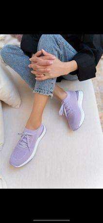 Новые кроссовки 37 размер