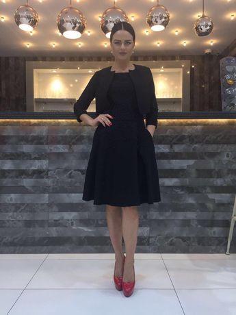 Продам женское платье хорошего качества