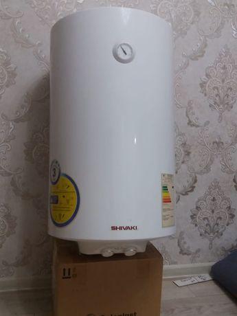 Продам водонагреватель Ariston