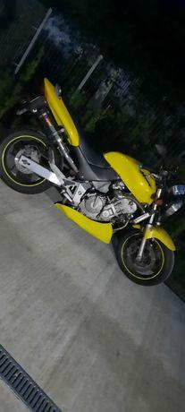 A2 Motor Honda hornet Naked