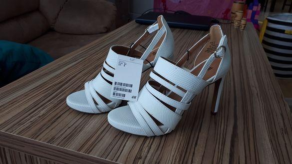 Нови дамски обувки Н&M с етикет