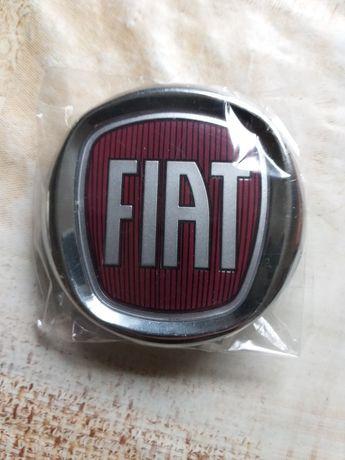 Емблема за Фиат FIAT 75-120мм червени и сини за всички модели