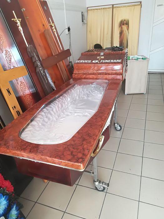 Închiriem capace frigorifice funerare