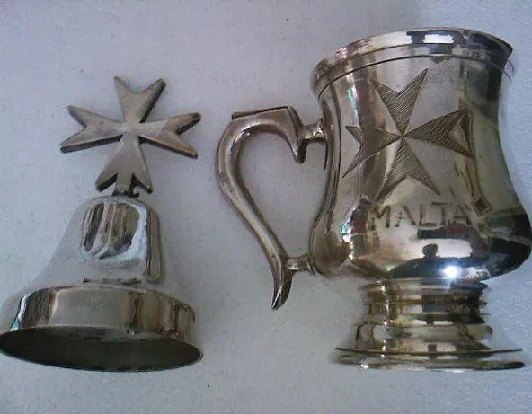 Cana, cupa vintage alpaca argintata, clopotel Cruce de Malta