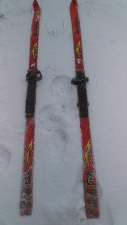 продам хорошие лыжи