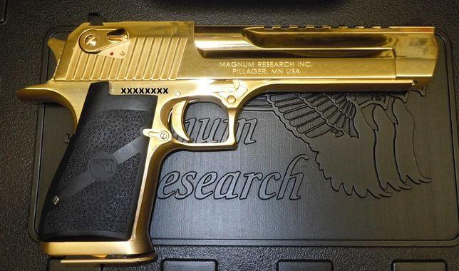 Pistol Airsoft Editie Speciala GOLD Desert Eagle 4,4j Co2